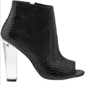 Steve Madden magestic booties